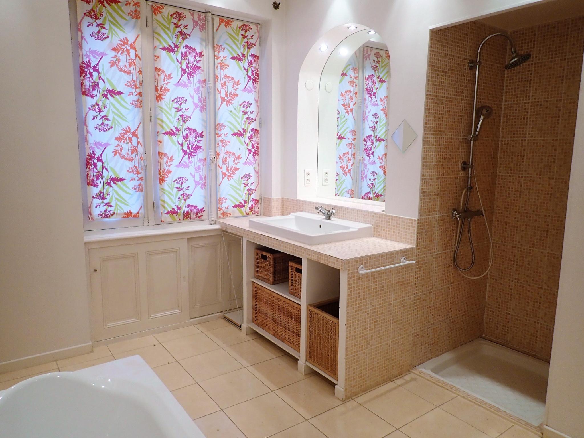 vente elegante maison annees 30. Black Bedroom Furniture Sets. Home Design Ideas