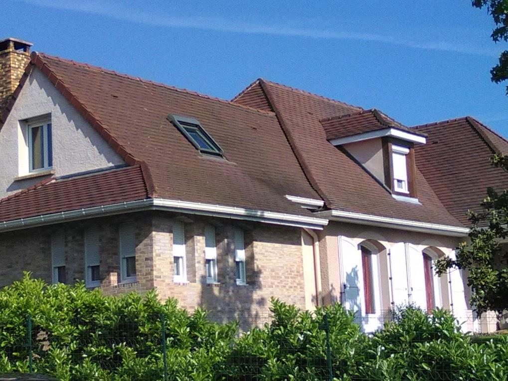 vente villa d 39 architecte quartier r sidentiel bellerive sur allier. Black Bedroom Furniture Sets. Home Design Ideas